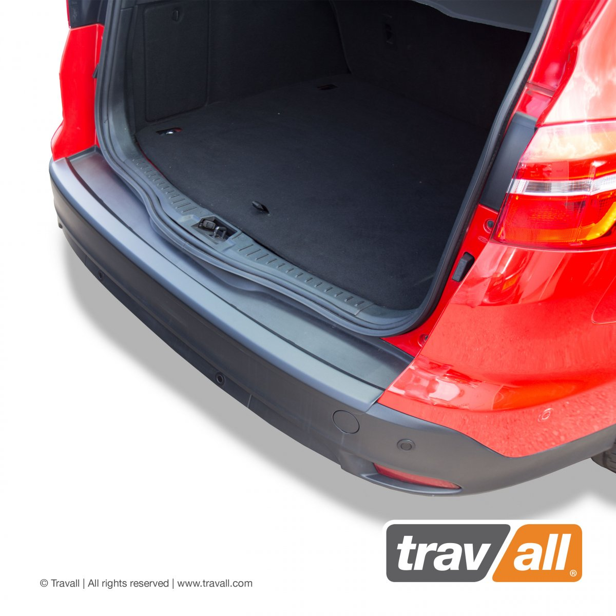 Travall® PROTECTOR-Plastic Smooth for Ford Focus Estate (2010-2018) / ST (2012-2018)