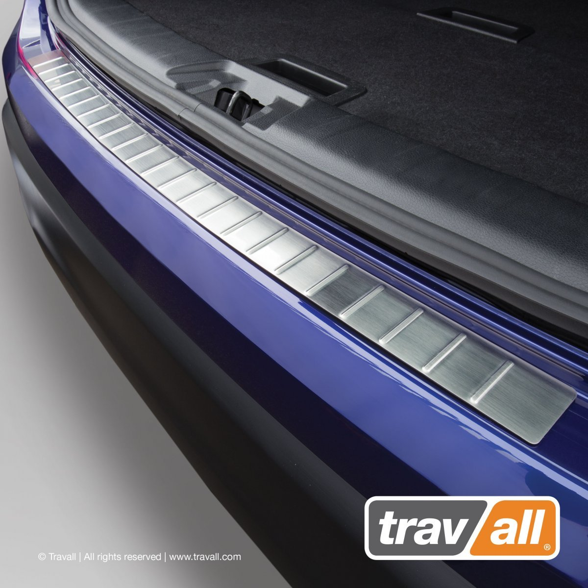 Travall® PROTECTOR-Stainless Steel for Volkswagen Golf Estate (2007-2013)