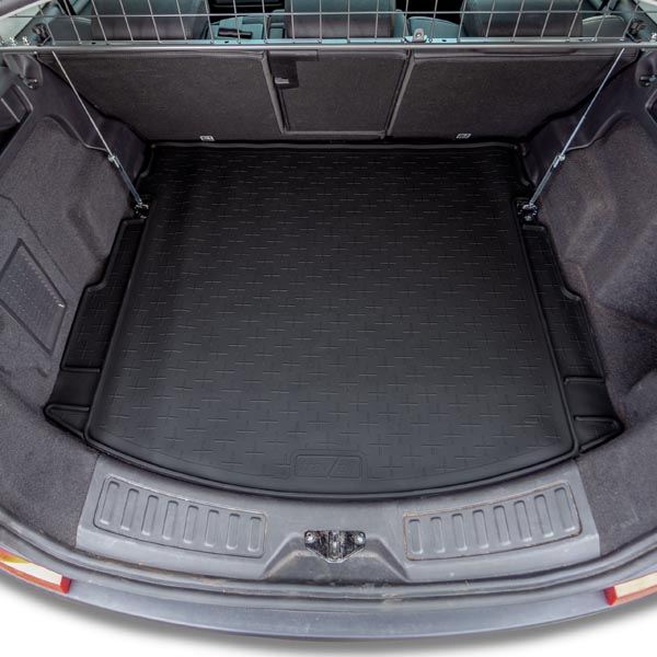 Travall 174 Liner For Land Rover Discovery Sport 2015 Gt