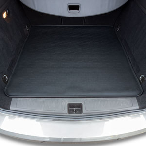 Travall® Liner for Opel/Vauxhall Astra Estate (2015 >)