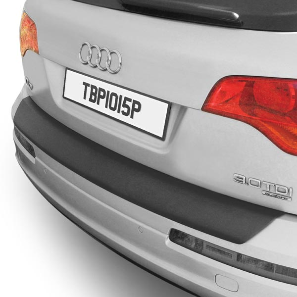 Travall® Protector-Plastic Smooth for Audi Q7 (2005-2015)