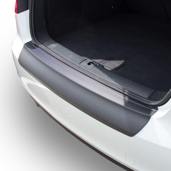 Travall® Protector-Plastic Smooth for Audi A3/S3 3 Door Hatchback (2012 >)