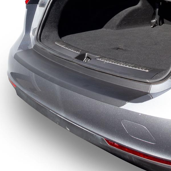 Travall® Protector-Plastic Smooth for Opel/Vauxhall Insignia Sports Tourer (2017 >)