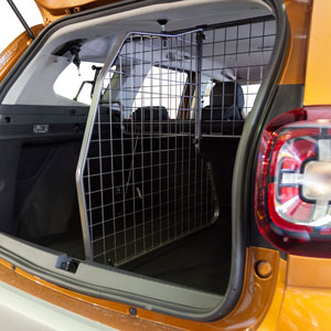 Travall 174 Divider For Dacia Renault Duster 2018 Gt