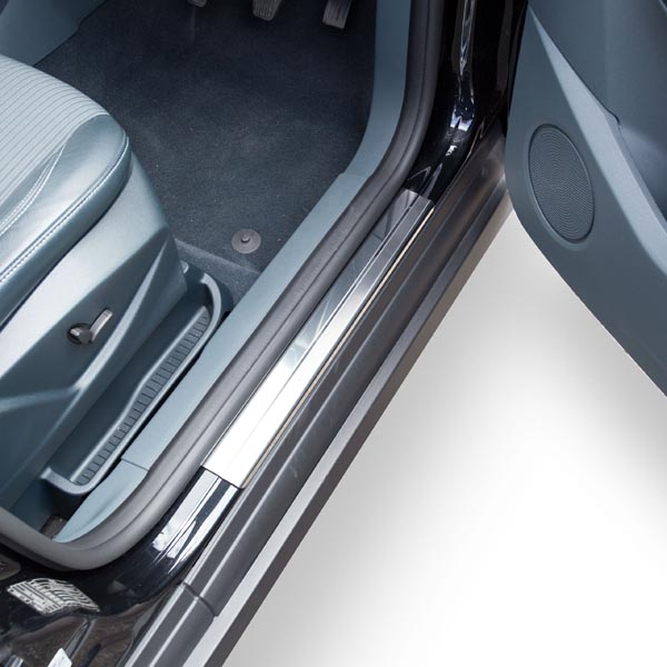 Travall® Sillguards for Ford C-Max (2010 >)