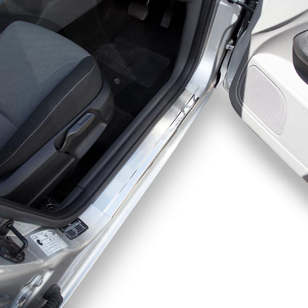 Travall® Sillguards for Ford Focus 5 Door Hatchback (2005-2010)