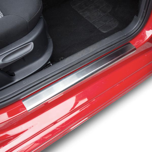 Travall® Sillguards for Volkswagen Golf 5 Door Hatchback (2012-2016) / Estate (2013-2016)