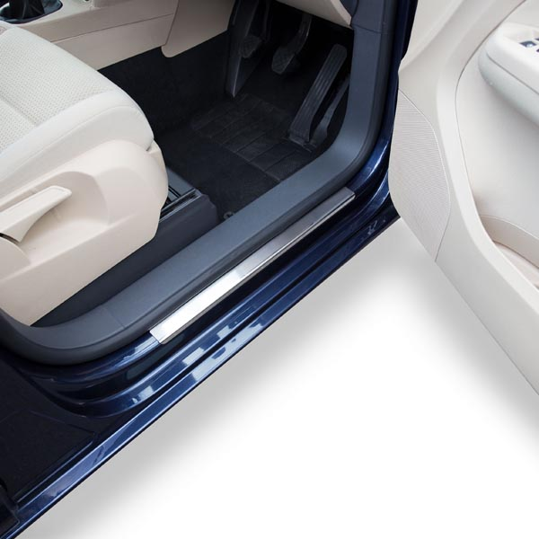 Travall® Sillguards for Volkswagen Touran (2003-2015)